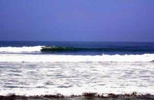 Pepinos Beach - Surfing Beaches in Peru