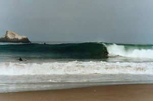 Puerto Nuevo Beach - Surfing Beaches in Peru