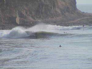 PERU SURF GUIDES - RAUL SURFEANDO