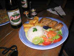 PERU SURF GUIDES - DINNER WITH A LOCAL BEER